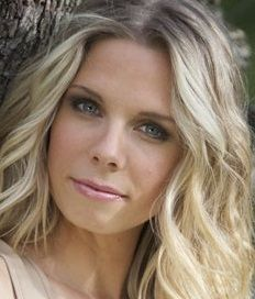 ... : http://blog.tryperfecter.com/how-to-get-beach-waves-easy-hair-tips