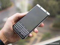 25 февраля состоится анонс BlackBerry Mercury с QWERTY-клавиатурой    В декабре прошедшего года стало известно о том, что BlackBerry передала TCL Corporation право создания новых мобильных девайсов под брендом канадского производителя. На CES 2017 китайская фирма привезла смартфон BlackBerry Mercury, который должен стать оканчивающим аккордом в разработке смартфонов с QWERTY-клавиатурой. Но все ограничилось зрительной демонстрацией новинки, а ее свойства озвучены не были.    #wht_by #новости…