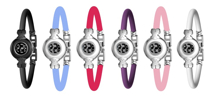 TOUS Chic Digital watch: digital quartz module, silicone watchband, stainless steel case, mineral crystal and water resistant 5 ATM.