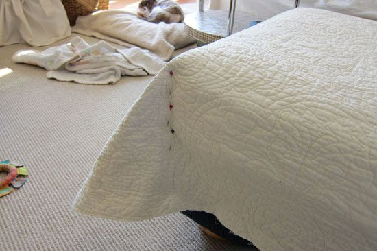 Pottery Barn Hack, Simple Slipcover Ideas, Decorating with Quilts