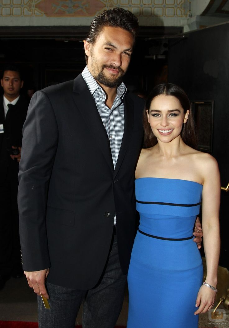 Emilia Clarke and Jason Momoa - Game Of Thrones Season 3 ...