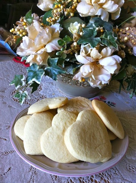 Great Grandma's AMAZING Sugar Cookies!