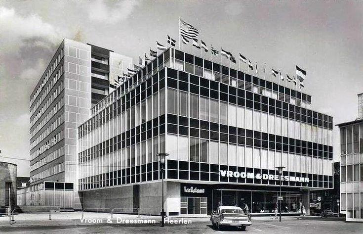 Frits Peutz, winkel V&D, Heerlen 1958