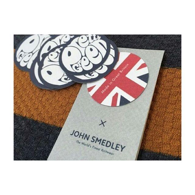 """. 【 お気に入りアイテムのご紹介 】 . . 英国の伝統的なブランド . ✨✨JOHN SMEDLEY ✨✨ . ジョンスメと言ったらニットですよね(^-^) . その中でもこちらは、 英国モッズウェアブランド """"Pretty Green"""" とのコラボ商品です! . 着心地、シルエット、製法 全てにおいてハイクオリティーな一着です😌 . . . ◆◆◆◆◆◆◆◆◆◆◆◆◆◆◆ . . 【何気ない投稿がお金に!!!?💰✴】 . 🌏SNSから簡単に収入が得られる秘密の方法を拡散中🌏 . . *現状に不満がある *もう一つの収入の柱が欲しい *自宅で簡単に収入を得たい . . あなたも今日から自由な生活を手に入れてみませんか?✴ . . . 詳しくは、 公式LINE@にて配信中😌 ➡【@gbt7695r】 ID検索で友達追加が可能です! @マークをお忘れなく!!! . . ◆◆◆◆◆◆◆◆◆◆◆◆◆◆◆ . . . #イギリス #英国ブランド #ランチ #gw明け #現実逃避 #仕事辞めたい #毎日が休日 #自由 #毎日楽しい #貸切 #残業 #cute #公園 #肉…"""