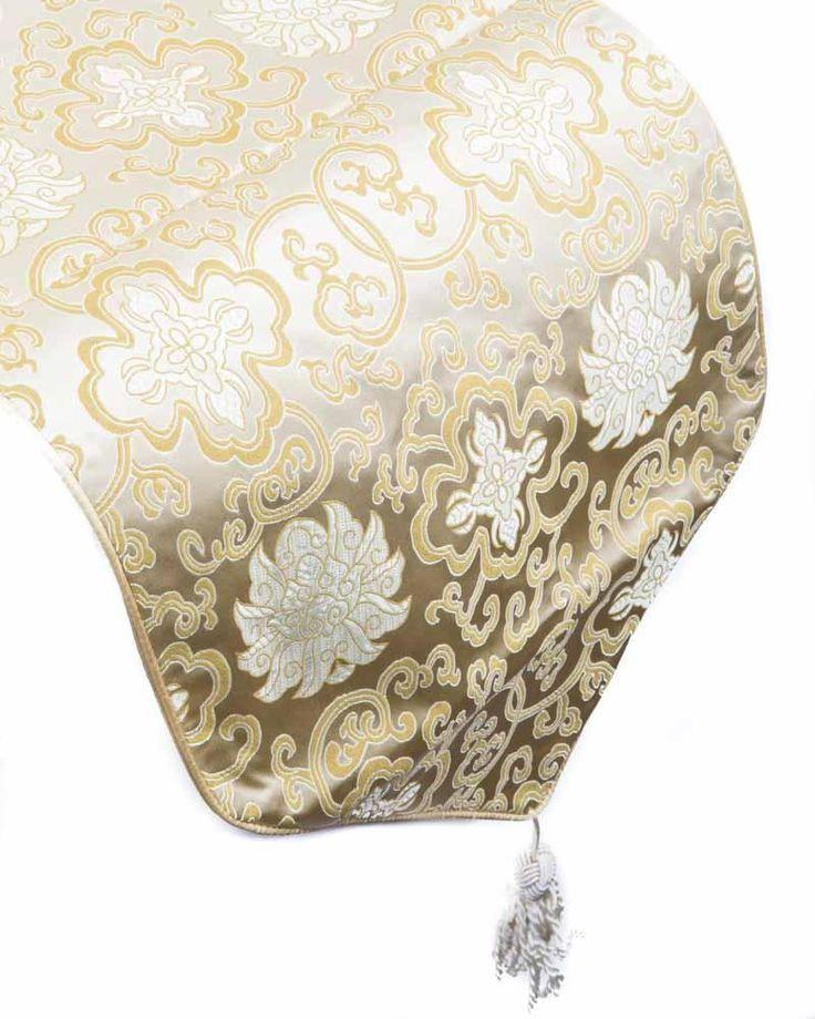 Chinese Tafelloper Satijnzijde Lotussen Goud-Geel - Orientique.nl - Asian Living