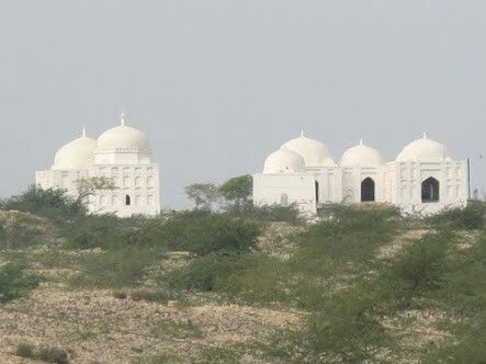This mosque is named after the name of the Arab conqueror of Sindh, Muhammad Bin Qasim and was built during the Mughal period. Situated on a ridge opposite Pir Patho, Thatha, Sindh, It is not dated, but its style dates to the late 17th century.
