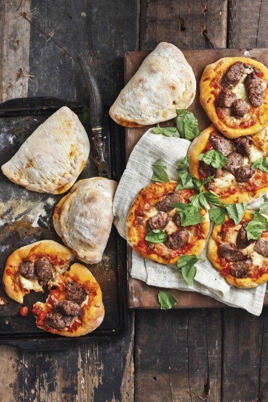 Boerewors Pizza, Foto's deur Micky Hoyle