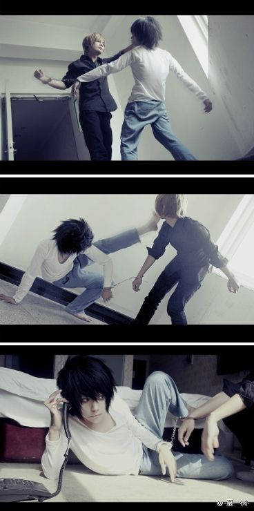 L and Light, Death Note | Itsuki - WorldCosplay i just love the way L picks up the phone!! Josh and I this next Akon :3