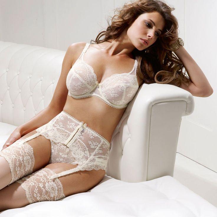 Buscamos Diseñador/a senior de corsetería para firma especializada en Barcelona. + info: http://www.luxetalent.es/candidatos/ficha/1195 #Empleo #Job
