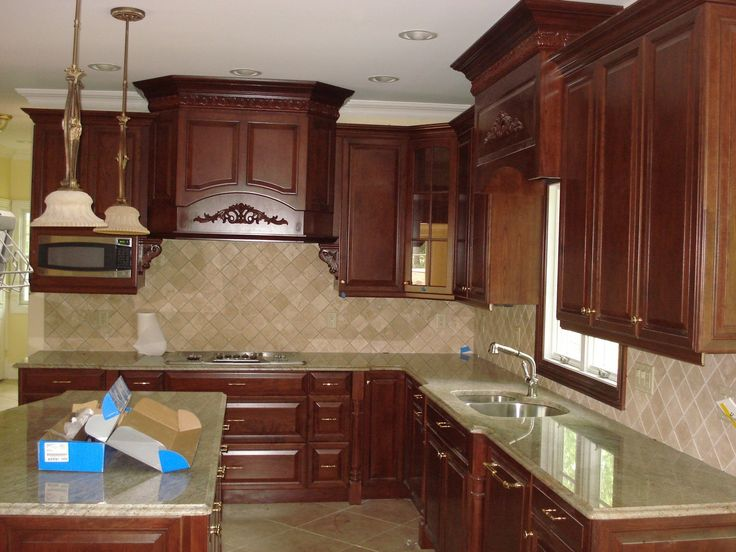 Crown Molding Kitchen Cabinets
