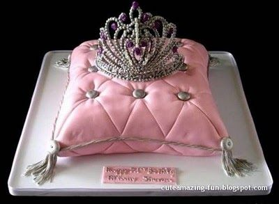 For a princess party. For my friend Cody... If you come to Ohio I'm getting this cake for you!