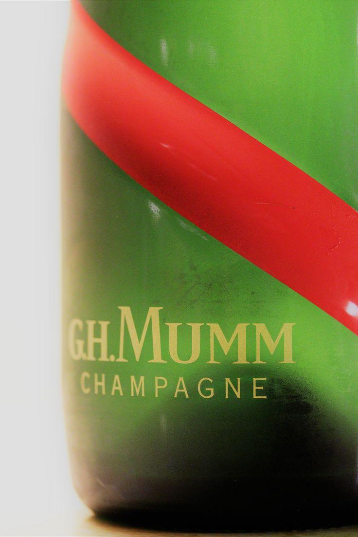 G H Mumm modern red sash #champagne #bubbles #sparkling #wine