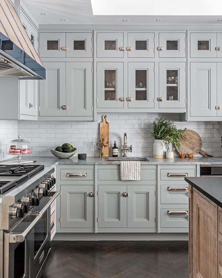 "207 Likes, 2 Comments - Farmhouse Pottery®️️ (@farmhousepottery) on Instagram: ""Moving into this kitchen FOREVER. ✨ @beckymshea design love."""