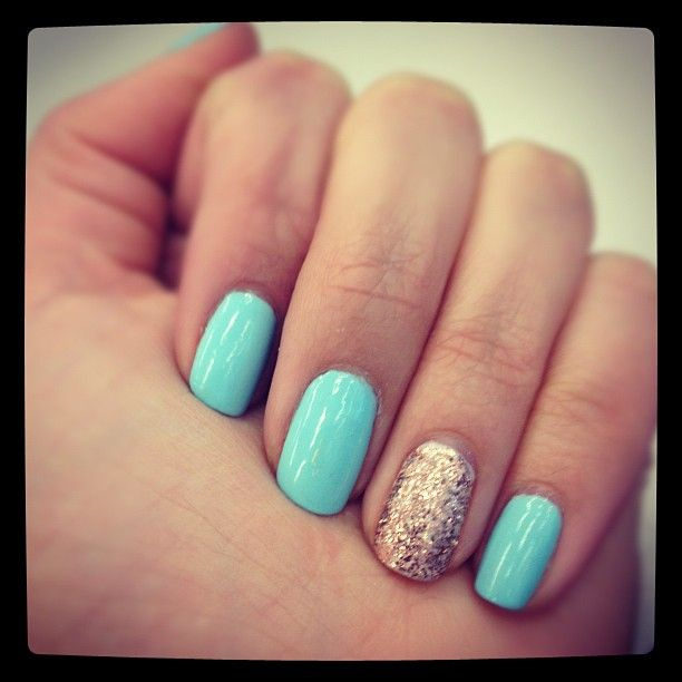 "Cool Nail Idea from Seventeen's Web Editor: Another day, another mani  ""little bit of heaven"" with ""lucky penny"" accent nail"
