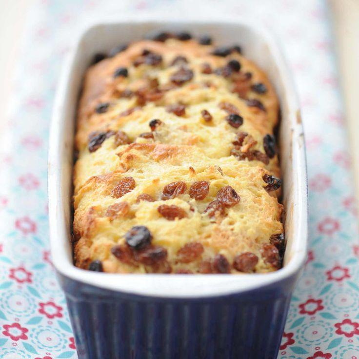 Découvrez la recette Pudding de brioche aux raisins sur cuisineactuelle.fr.