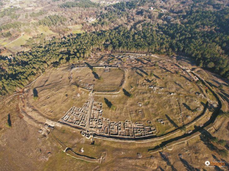 IBERIA - Castro Celta de San Cibrán de Lás se sitúa al Sur de la provincia de Orense, Galicia, Spain, y es un referente histórico en el Noroeste peninsular para la etapa final de la cultura castreña, siglo II a.C. hasta el I-II d.C.