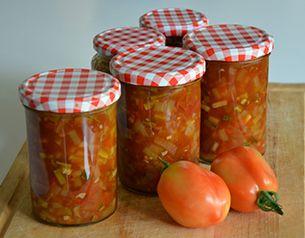 Met deze tomatenchutney vul je ongeveer 3 jampotten van 440 ml en 2 jampotten van 324 ml.