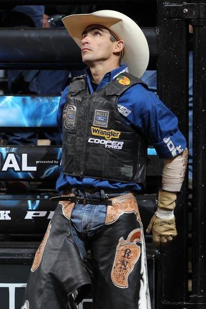 PBR Champion Bull Rider : Renato Nunes
