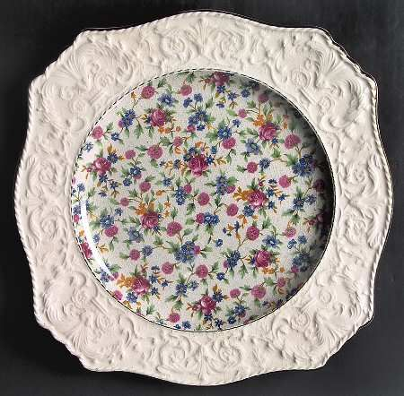Royal Winton Old Cottage Chintz (Pre 1960,Cream) Dinner Plate wWedgwood Border