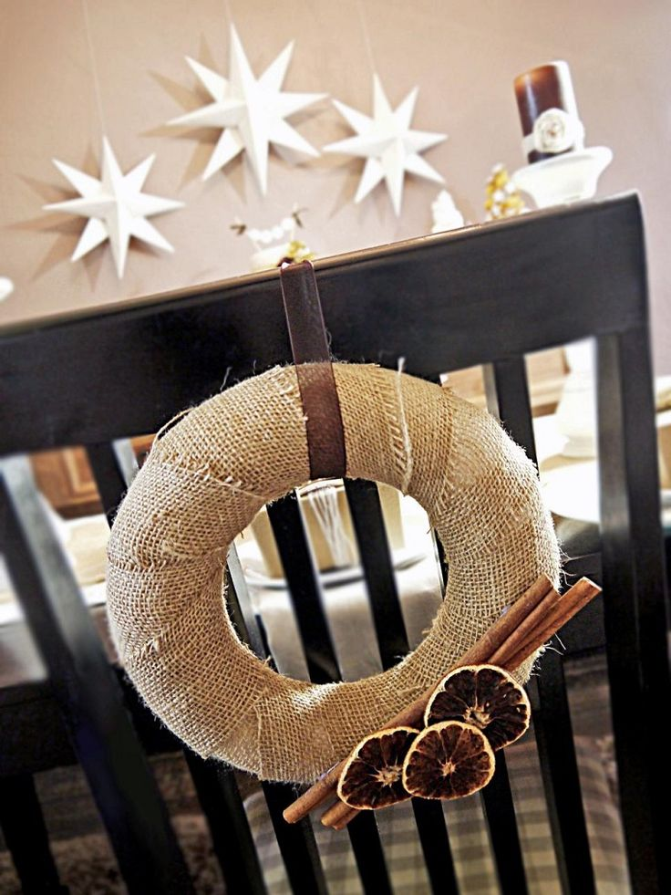 manualidades navidad originales guirnalda sillas ideas
