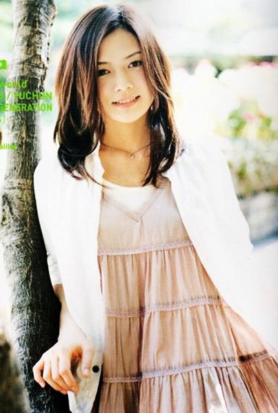 #YUI #japanese singer songwriter #fashion