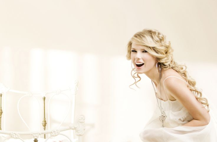 """Taylor Swift Fearless photoshoot 