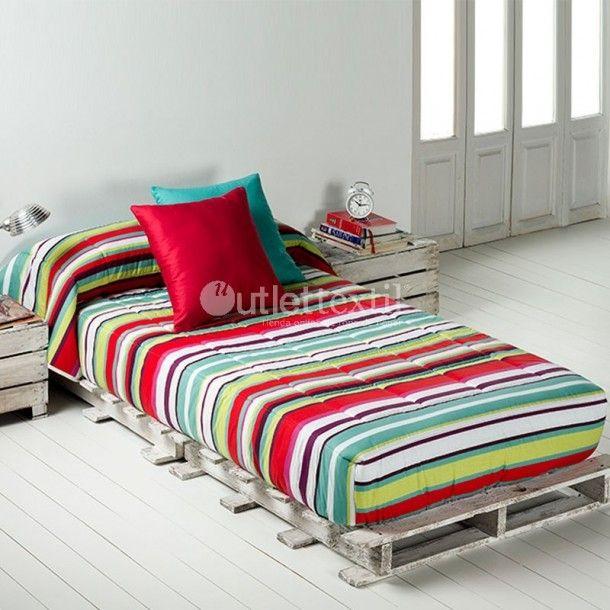 Edredón Ajustable IRIS Barbadella Home. Sencillo diseño a rayas donde predominan los tonos en azul o en rojo. Descubre los nuevos diseños que nos ofrece la firma Barbadella Home.