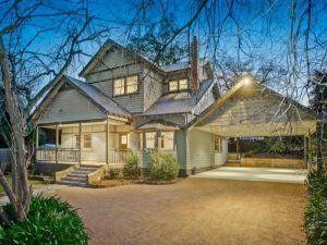 Australian architecture - residential suburban style.jpg
