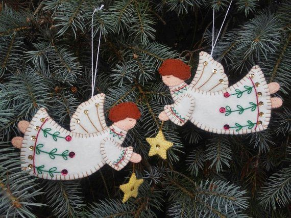Give Them As A Gift Or Decorate Your Christmas Tree With This Pair Of Wool Felt Angel Or Christmas Angels Felt Christmas Ornaments Christmas Ornaments To Make