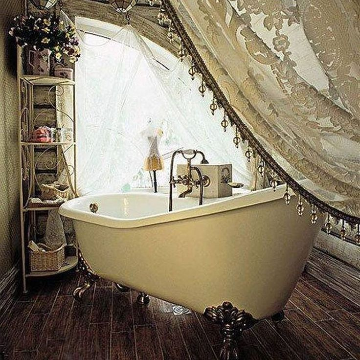 Traditionalbathroom Clawfoottub Shabbychic Romantic Bathroomstyle Design Inspiration Interiorstyle Bath TubsSydney
