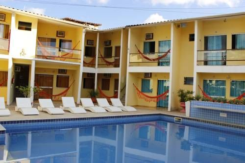 Hotel Porto Garden Porto Seguro Featuring an outdoor pool and a sauna, Hotel Porto Garden offers accommodation in Porto Seguro. Free WiFi is available throughout.  All rooms at Hotel Porto Garden are air conditioned and equipped with a TV and ensuite bathroom.