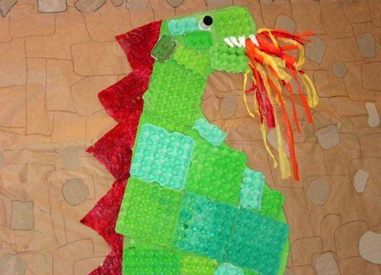 mural drac sant jordi reciclat