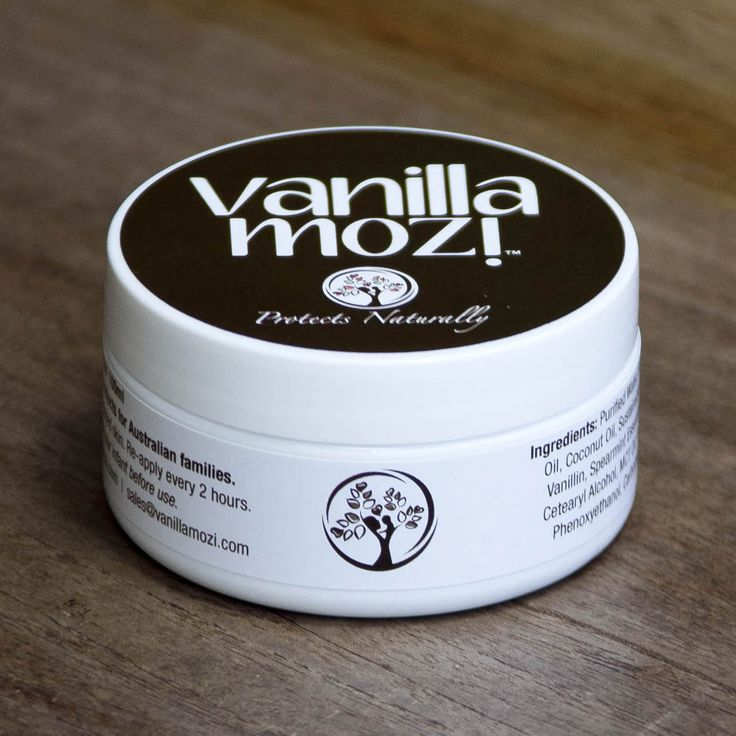 100ml tub Vanilla Mozi skin cream. Perfect for travel.