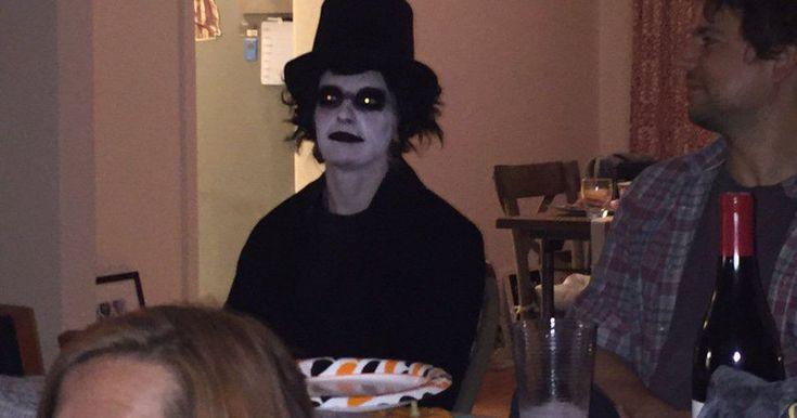 nice Peak Halloween meme costume achieved with 'Babadook' clap back