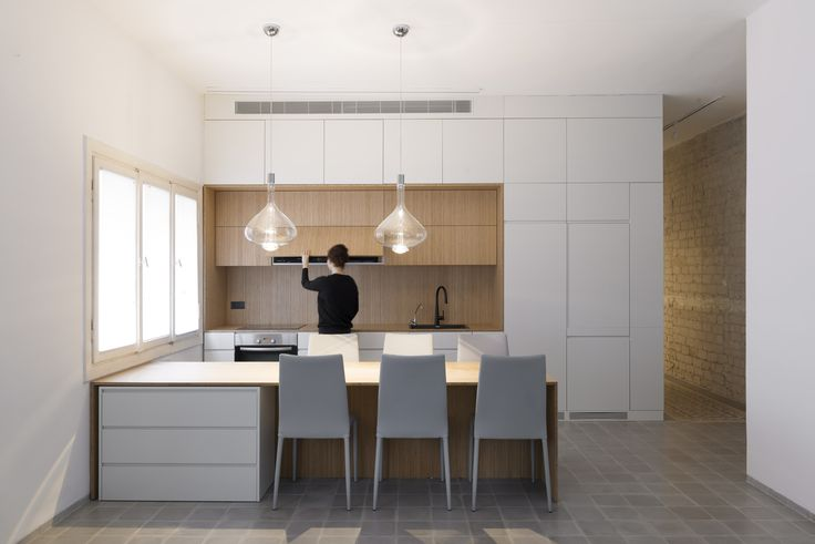 Gallery of Long and Slender / XS Studio for compact design - 1