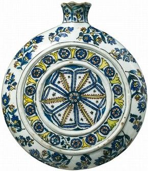 Pilgrim flask, 1750-75, Kütahya, Turkey.