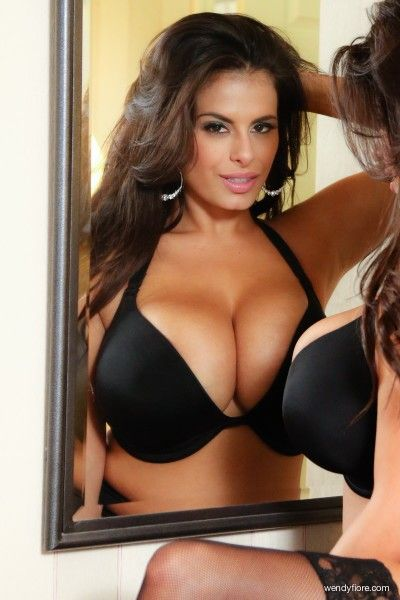 Wendy fiore nude pictures at JustPicsPlease