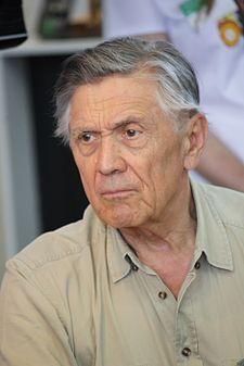 Petr Kostka (* 11. června 1938 Říčany) je český herec, jenž pochází se starého divadelního rodu, jehož kořeny sahají až do první poloviny předminulého století. Jeho manželkou je herečka Carmen Mayerová,