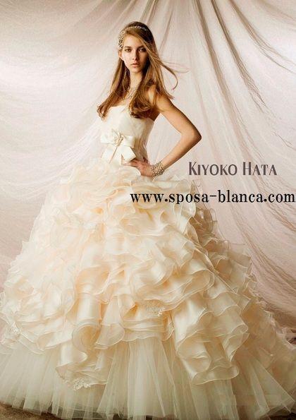 ウエディングドレス KIYOKO HATA
