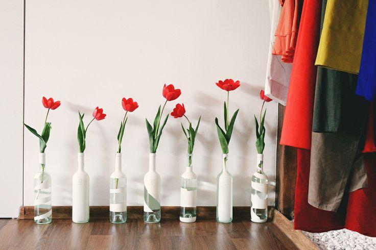 Cool Tulips display  www.mauvert.com