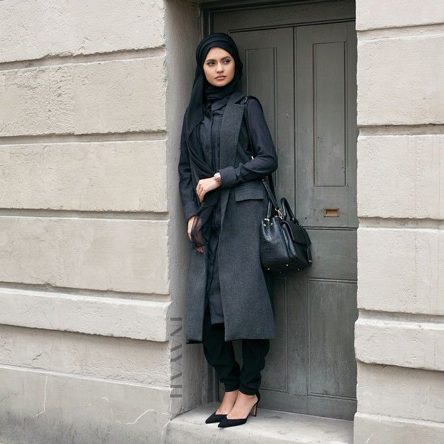 INAYAH | Black Shirt Dress | #shirt + Black Modal Hijab #Hijab #black #floral #dress #dresses #islamicfashion www.inayahcollection.com #modestfashion #modesty #modeststreestfashion #hijabfashion #modeststreetstyle #modestabayas #modestdresses