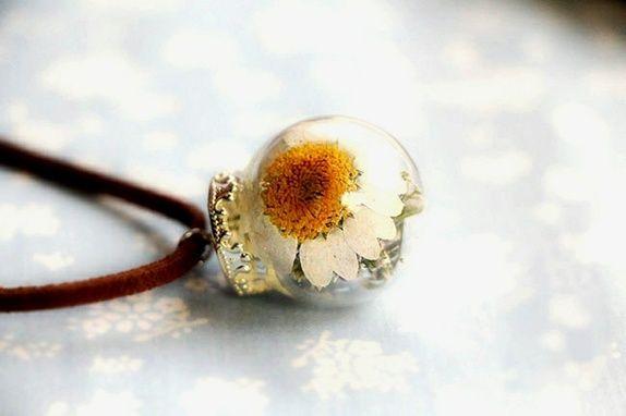Tørket blomst smykke