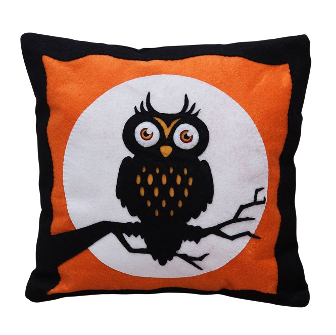handmade felt cushions-Halloween series-owl  https://www.facebook.com/NabuNabu.Handcraft