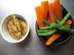 torticas de banano y quinua, zanahoria y habichuela. papás sin manual