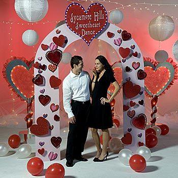 Valentine Archway For Valentine Dance Photo Opp Garlands