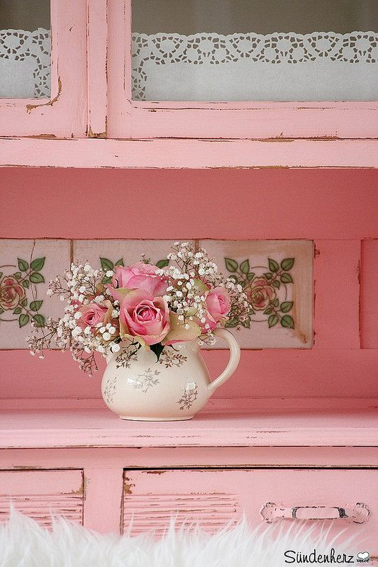 Flowers in teapots