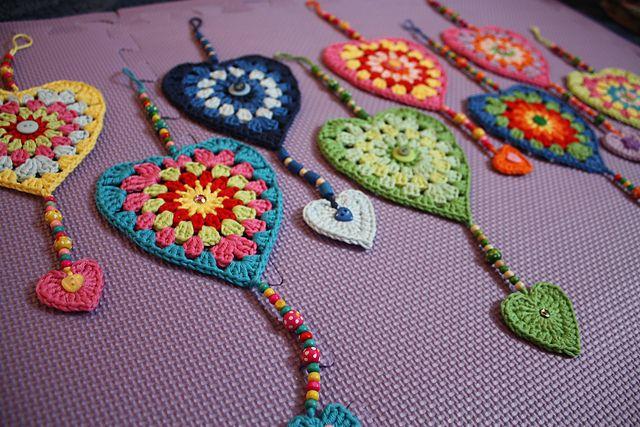 Sunburst Granny Hearts - for window valance