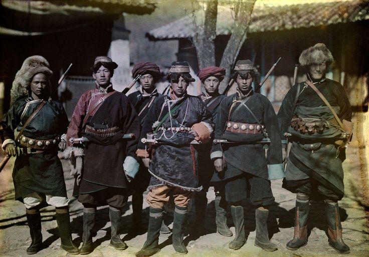 第2回 中国・少数民族のプリンス(1931年)   ナショナル ジオグラフィック(NATIONAL GEOGRAPHIC) 日本版公式サイト