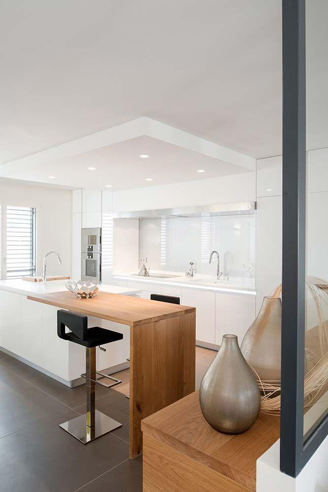 les 25 meilleures id es de la cat gorie cuisine blanc. Black Bedroom Furniture Sets. Home Design Ideas