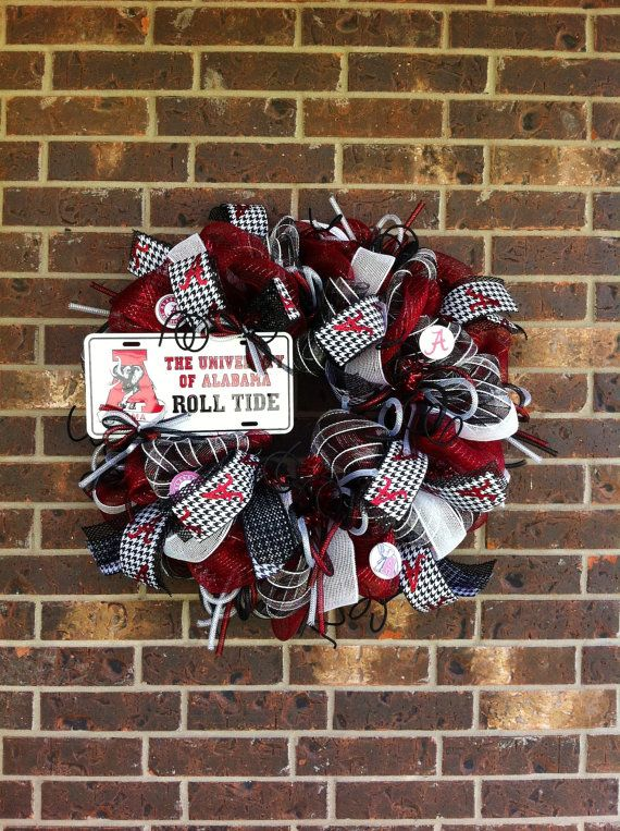 Alabama+ROLL+TIDE+Mesh+Wreath+by+SparkledIntentions+on+Etsy,+$110.00